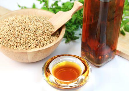 nuvvulanoone(Sesame Oil)